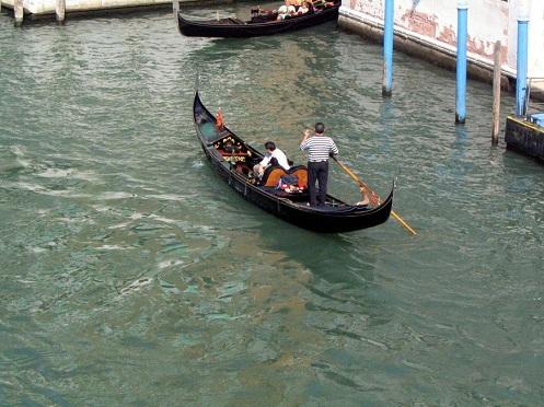 וונציה – עיר הרומנטיקה, הגונדולות והאמנות
